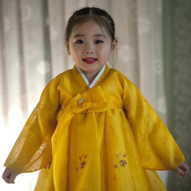 """""""We venerate Kim Jong Il"""" - Chongjin North Korea"""