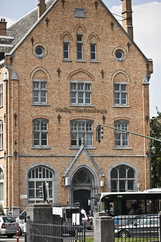 The Sacred Heart College Ganshoren is a Catholic school for primary education, secondary education and adult education in Ganshoren (Belgium), near the Basilica of the Sacred Heart. by infomatique