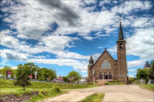 summer church canon geotagged is nb lei newbrunswick 7d sj usm dslr hdr 2010 baseman saintjohn bouctouche 24105mm sjphoto nbphoto cans2s bmca leishi baseman79 paroissestjeanbaptiste