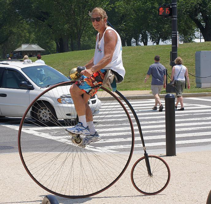how to get on a penny farthing