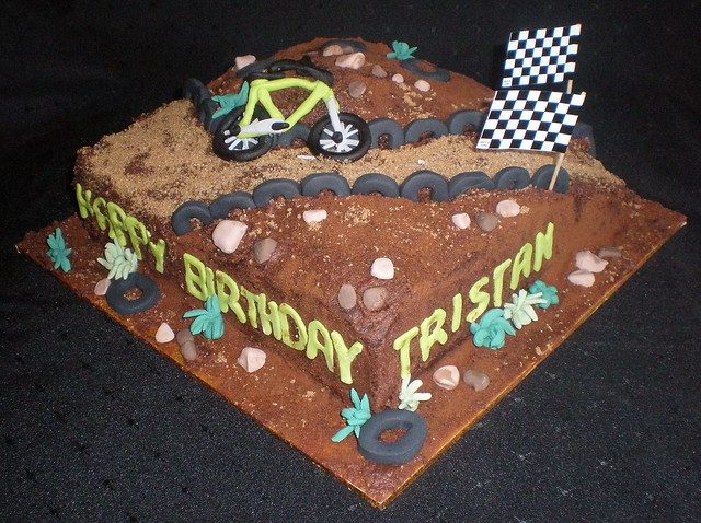 BMX Track Cakes http://www.flickr.com/photos/kelzkitchen/4716993346/