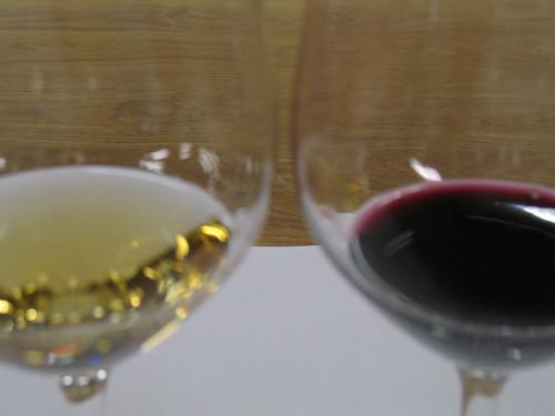 Rot- und Weissweine sind zu verkosten