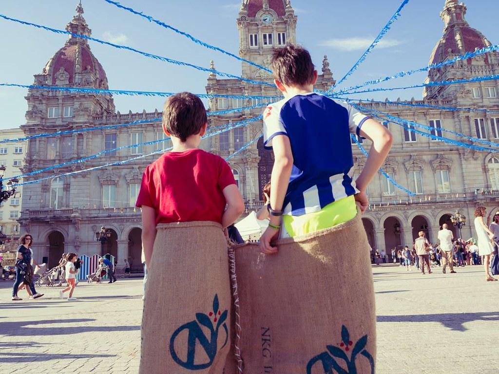 Carrera de sacos. #juegostradicionales #Coruña #sanjuan #sanxoan2017 #photography #olympusomdem10markii