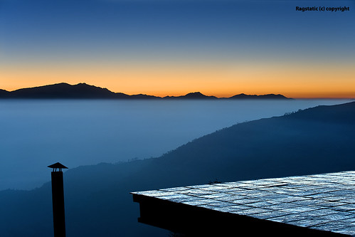 Nepal :: Sunrise over Nagarkot