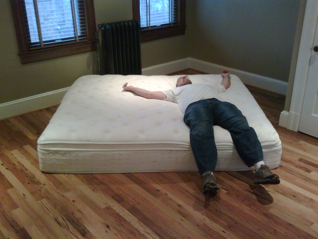 How to Select the Top Quality Pillow Top Mattress with Ease