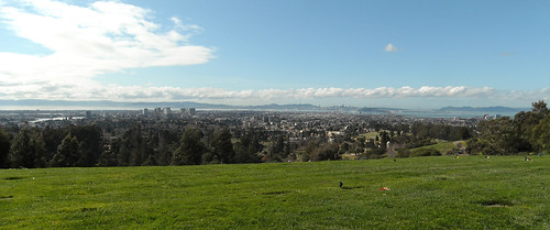 Panorama at the top of Mountain View Cemetery | by jdnx