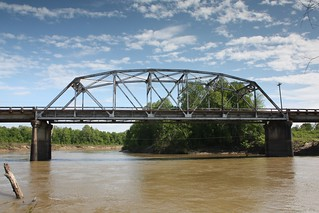 MS 32 Tallahatchie River Truss Bridge