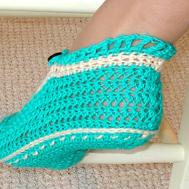 Toddler Mary Jane Slippers Crochet Pattern - Crochet Me
