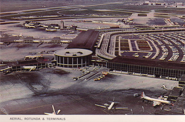 Chicago O'Hare International Airport - Vintage Postcard