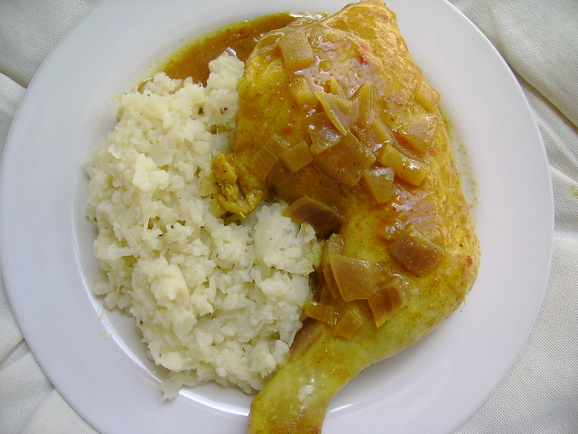 Coconut curry chicken with cauliflower rice. | Flickr - Photo Sharing!