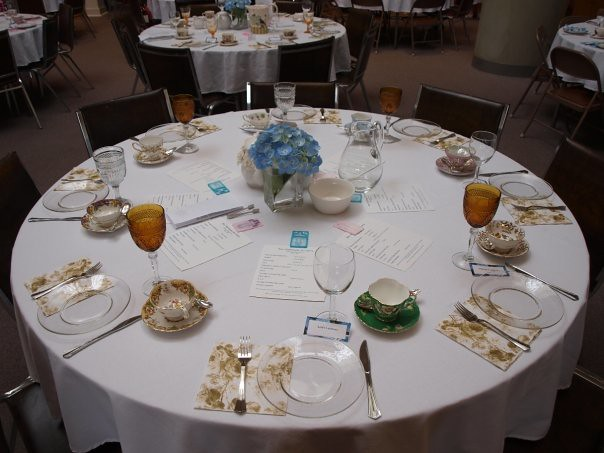 Blue hydrangea tea party table setting flickr photo - Table setting for a party ...