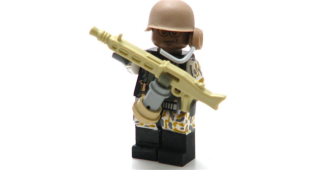 Sergeant Apone w/ Flamethrower