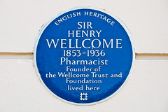 Photo of Henry Wellcome blue plaque