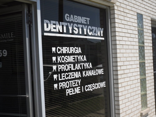 Chicago Dentist, Invisalign Chicago, Porcelain Veneers Chicago, Teeth   Whitening Chicago, Cosmetic Dentist Chicago 2833 North Milwaukee Avenue,   Chicago,