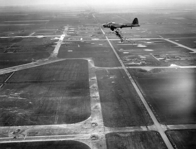Boeing b 17 flying fortress flickr photo sharing