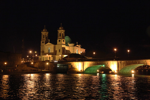 ireland night reflections river lights cathedral athlone rivershannon countywestmeath saintspeterandpaulromanromancatholicchurch