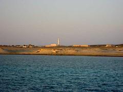 simple shoreline Hamata, Egypt