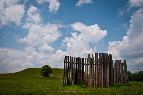 blue sky green grass clouds landscape cahokiamounds monksmound nikon18200mm woodposts nikond300s stockadewall cahokiail