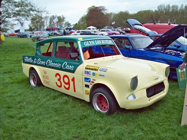 48 Ford Anglia 105/123E Hot Rod
