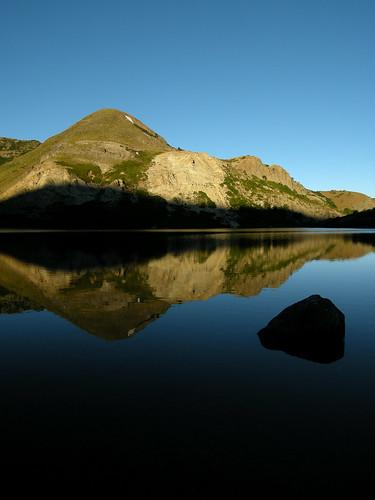 chile trekking backpacking reflejo andes montaña 2009 cordillera chilecentral cordilleradelosandes regióndelbiobío ñuble lagunaelflorido