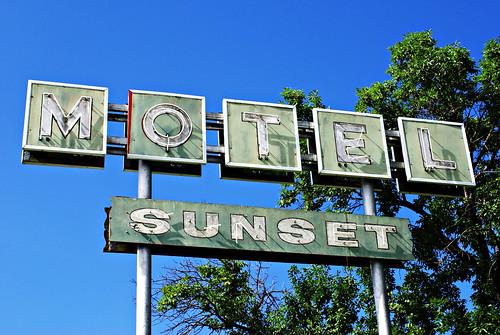 old sunset sign vintage neon motel bethany missouri roadside us69