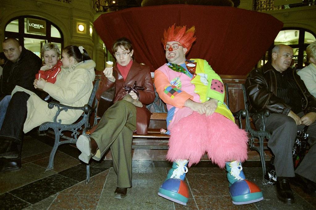 JJ 3(John Glick/Russia Clown Trip 2004)