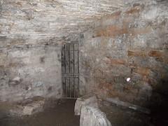 formation(0.0), crypt(0.0), ancient history(1.0), wall(1.0), ruins(1.0), air-raid shelter(1.0),