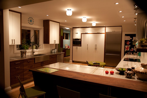 ... But I Have Two Different Countertops On My Peninsula Itself. The Walnut  For The Eating Area Abuts The Quartzite On The Rest Of The Peninsula.