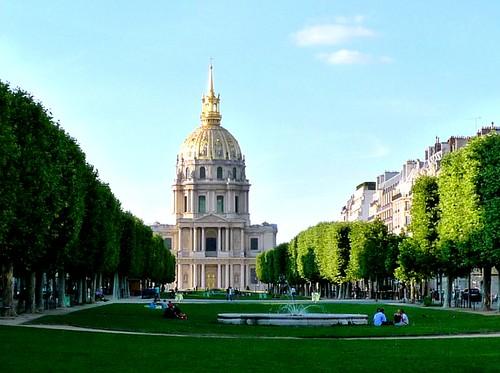 Information Hub Of Besties Paris Beautiful City