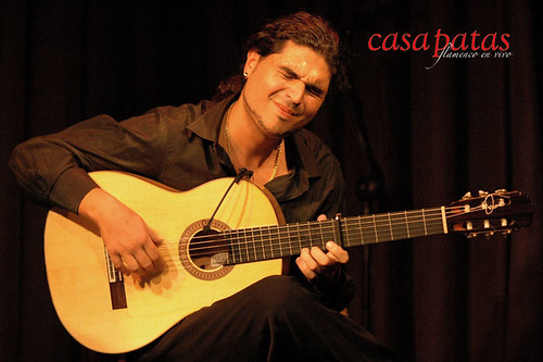El guitarrista Víctor