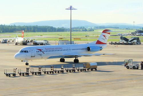 Austrian Arrows Fokker 100; OE-LVM@ZRH;07.08.2010/584aa