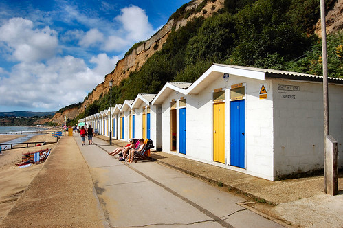 ISLE OF WIGHT BEACH HUTS. 3