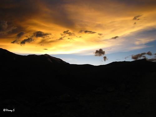 sunset ladakh 17582feet secondhighestmotorablepassinindia