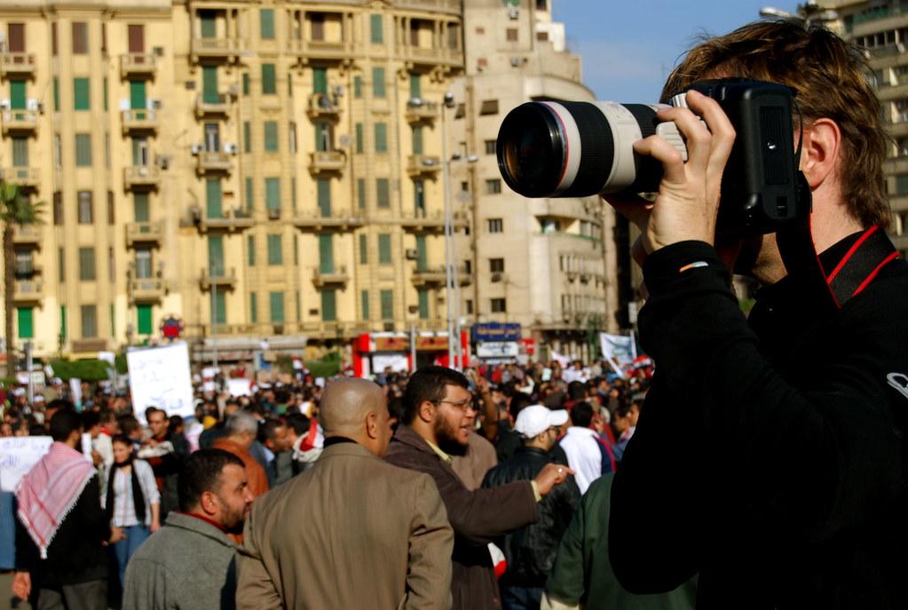 Jornalistas internacionais cobrindo as manifestações egípcias. Foto: Flickr/Rowan El Shimi