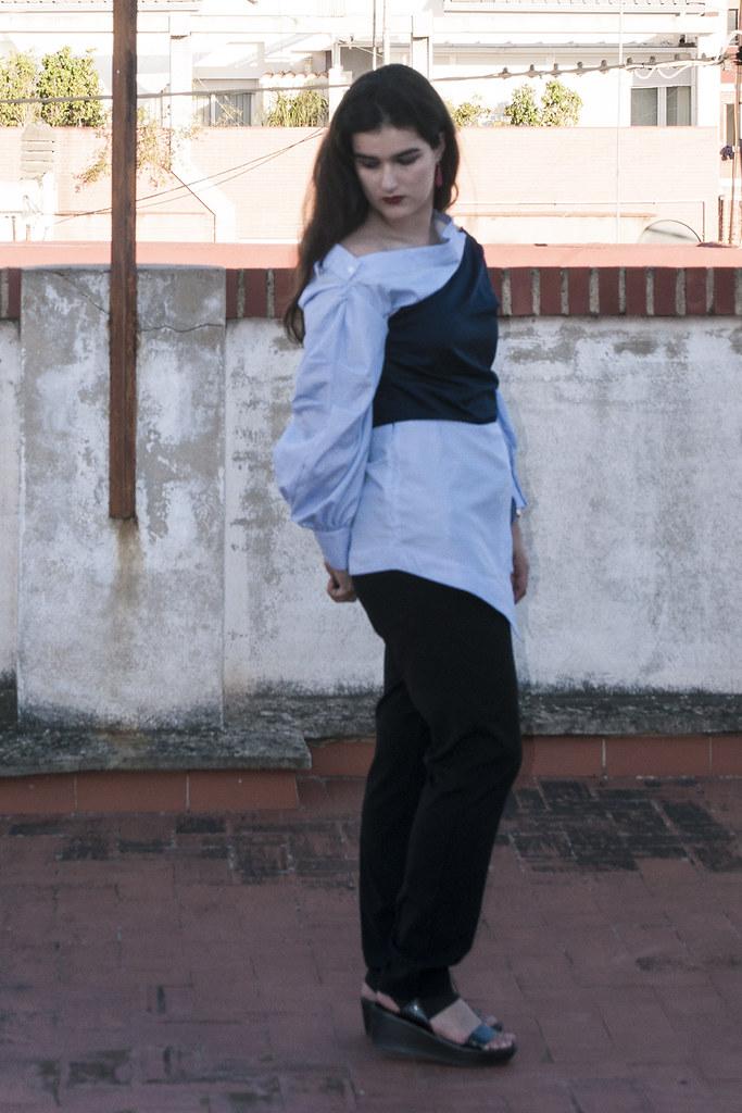 valencia something fashion blogger spain influencer streetstyle lightinthebox blue shirt work_0315 copia