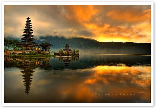 Bali - Pura Ulun Danu Bratan Water Temple