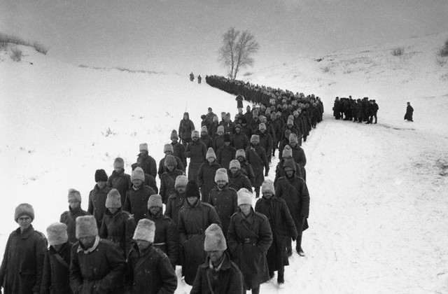 Romanian POWs marching after Battle of Stalingrad, by Dmitri Baltermants 1942
