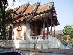 PC070032 Viharn at Wat Thung Yu
