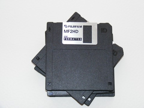 Floppy-Disk-1.44-Mb_FujiFilm-MF2HD_82374-480x360