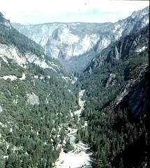 moraine, mountain, valley, mountain range, hill station, cirque, ridge, ravine, massif, mountainous landforms,