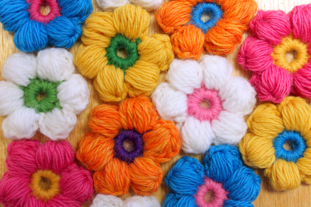 Puff Stitch Flower Crochet Pattern | Flickr - Photo Sharing!