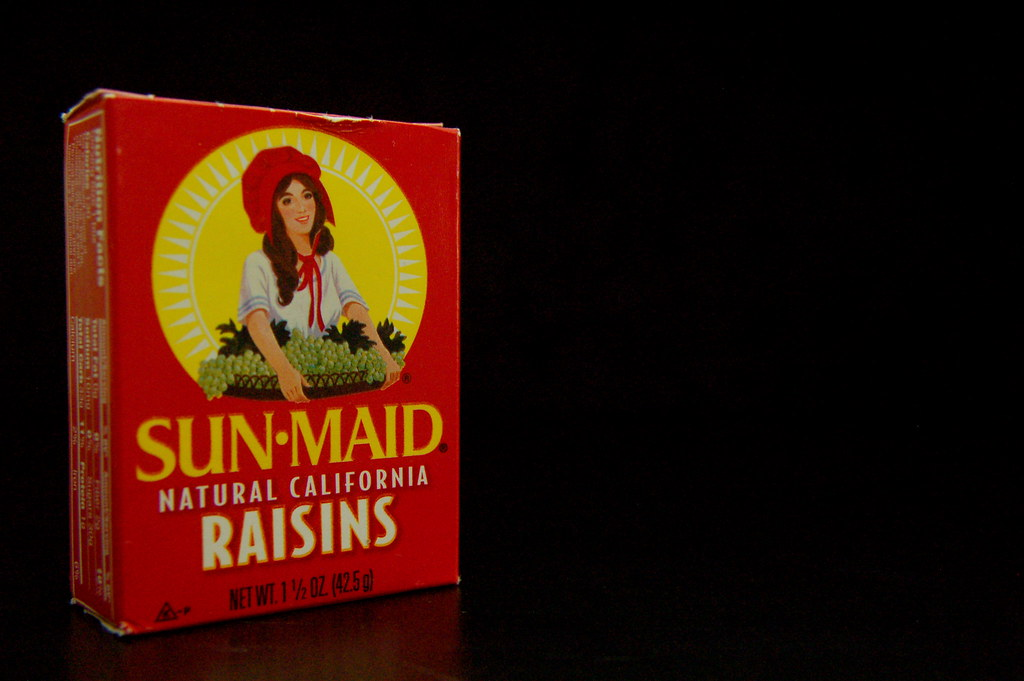 Red Raisin Box