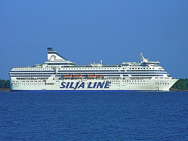 m/s Silja Serenade, Silja Line - a photo on Flickriver