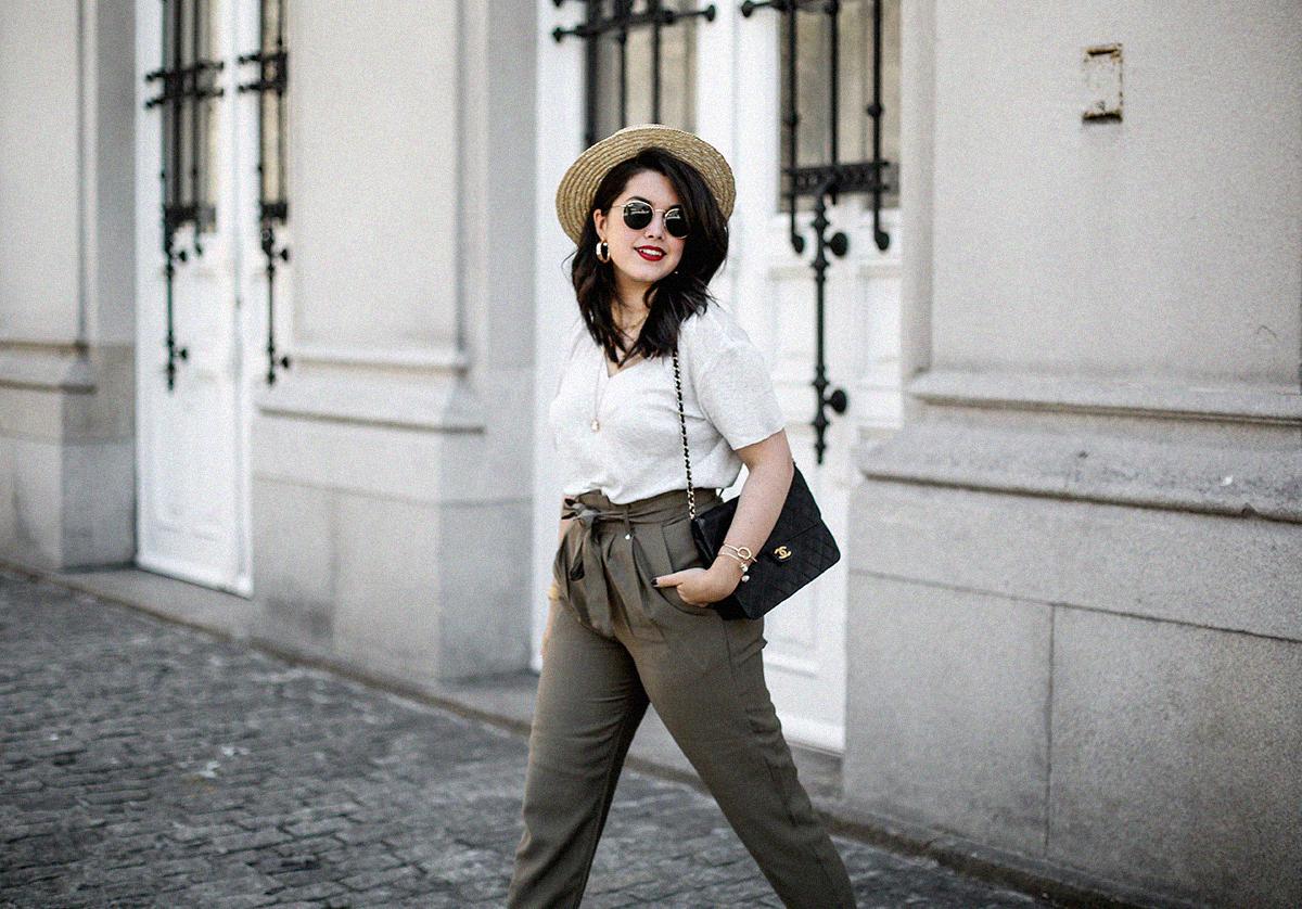 pantalones-verdes-altos-palas-borlas-zara-canotier-look-myblueberrynightsblog18