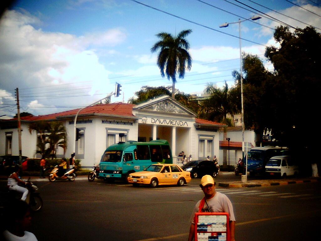 Banco Davivienda (Carrera 7, Calle 10) - Neiva (Huila), Colombia