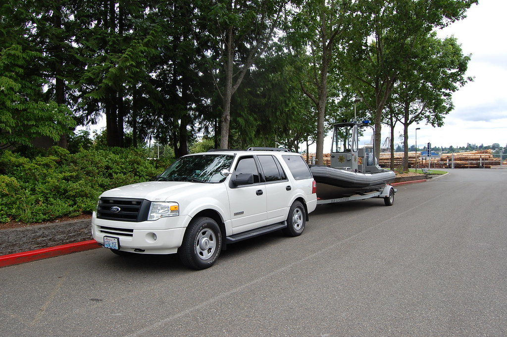 Thurston County Sheriff - Marine Services Unit | An SUV and