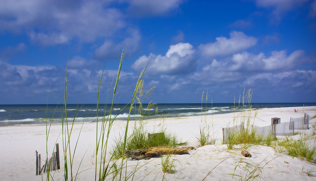Gulf Shores Alabama by CC user 22565768@N04 on Flickr