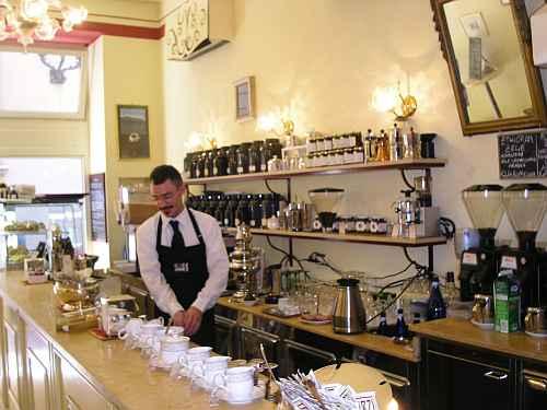 Una lezione sul caff di qualit nel centro storico di bologna for Dormire a bologna centro storico