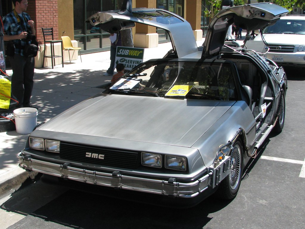 1981 DMC DeLorean Time Machine (Back to the Future Car) 01