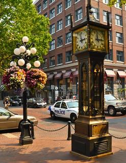 Image of Gastown Steam Clock near West End. city canada clock vancouver gastown steamclock afsdxzoomnikkor1870mmf3545gifed erwlas gastownsteamclock